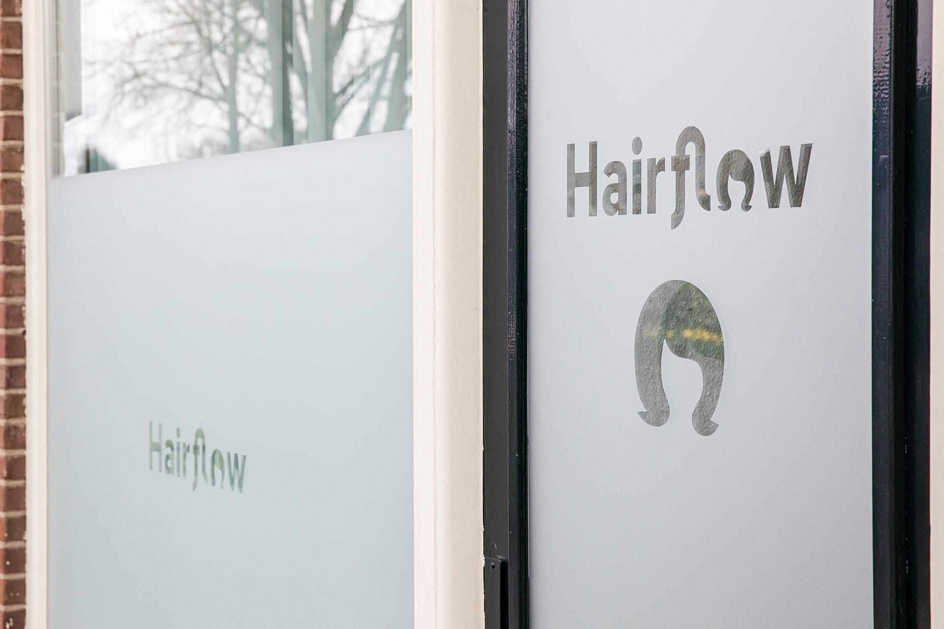 hairflowdoor-min